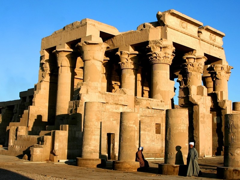 Edfu and Kom Ombo Tour from Marsa Alam